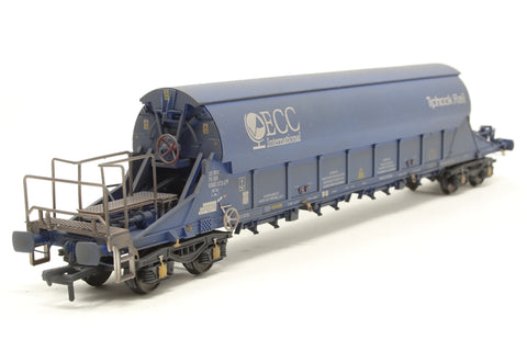 PGA Tiger Clay Wagon ECC 33 70 9382073 (weathered) Exclusive to Kernow Model Rail Centre