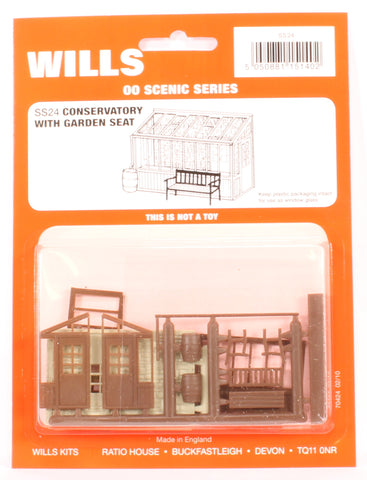Conservatory with Garden Seat & Water Butt Kit