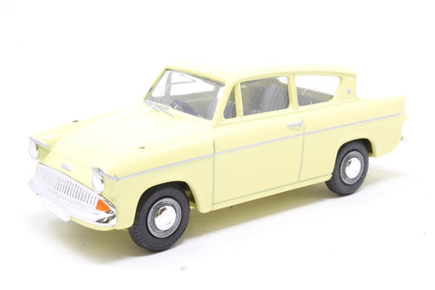 Ford Anglia in Yellow - Pre-owned -  imperfect box