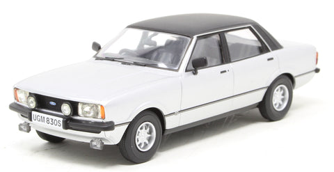 Ford Cortina Mk4 3.0 Savage - Strato Silver