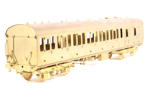 BR Mk1 Suburban 2nd in Unpainted Brass - Pre-owned - tarnished - imperfect box
