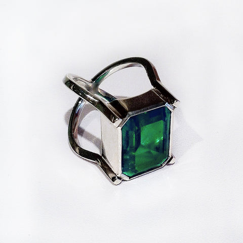 Bolonia Emerald Ring