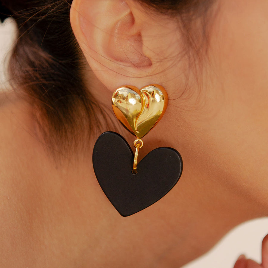 Lola Resin Heart Simple Earrings