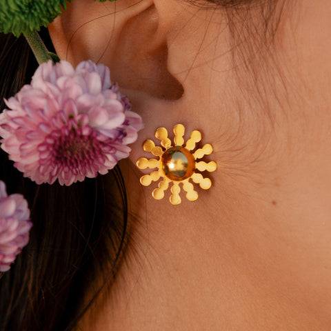 gold plated star studs- lina hernandez jewelry