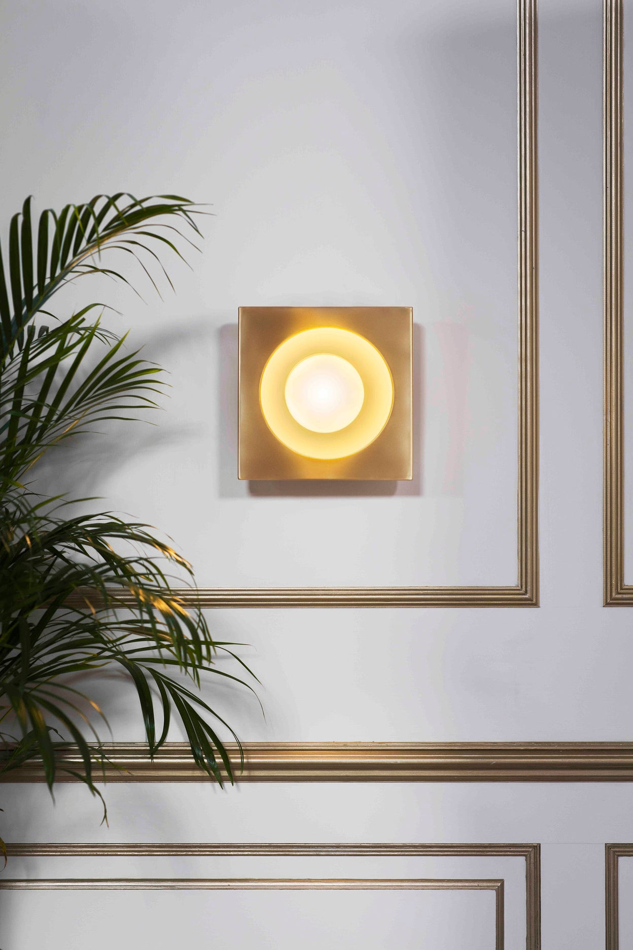 Kins Wall Light