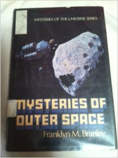 The Mysteries of Outer Space: 2 (Mysteries of the Universe)