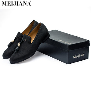 Handmade Metal fashion gold Tassel of Loafers Red Bottom Loafers Gentleman Luxury Fashion Stress Shoes Men Brand Men Shoes - Zamavi.com