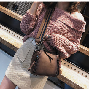Shaped Scrub Leather Design Cross-body Bag 2019 new high quality Women bag  Chain Stripe Wide Strap Shoulder Bag Flap Bucket Bag