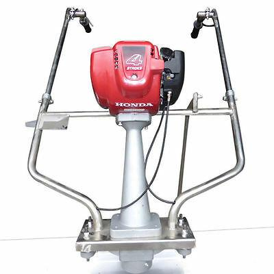 Honda 4 Stroke Vibrating Power Screed