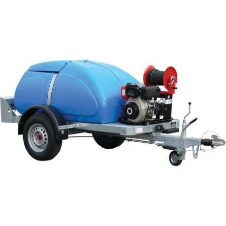 Honda Towable Bowser with Petrol-Driven Pressure Washer