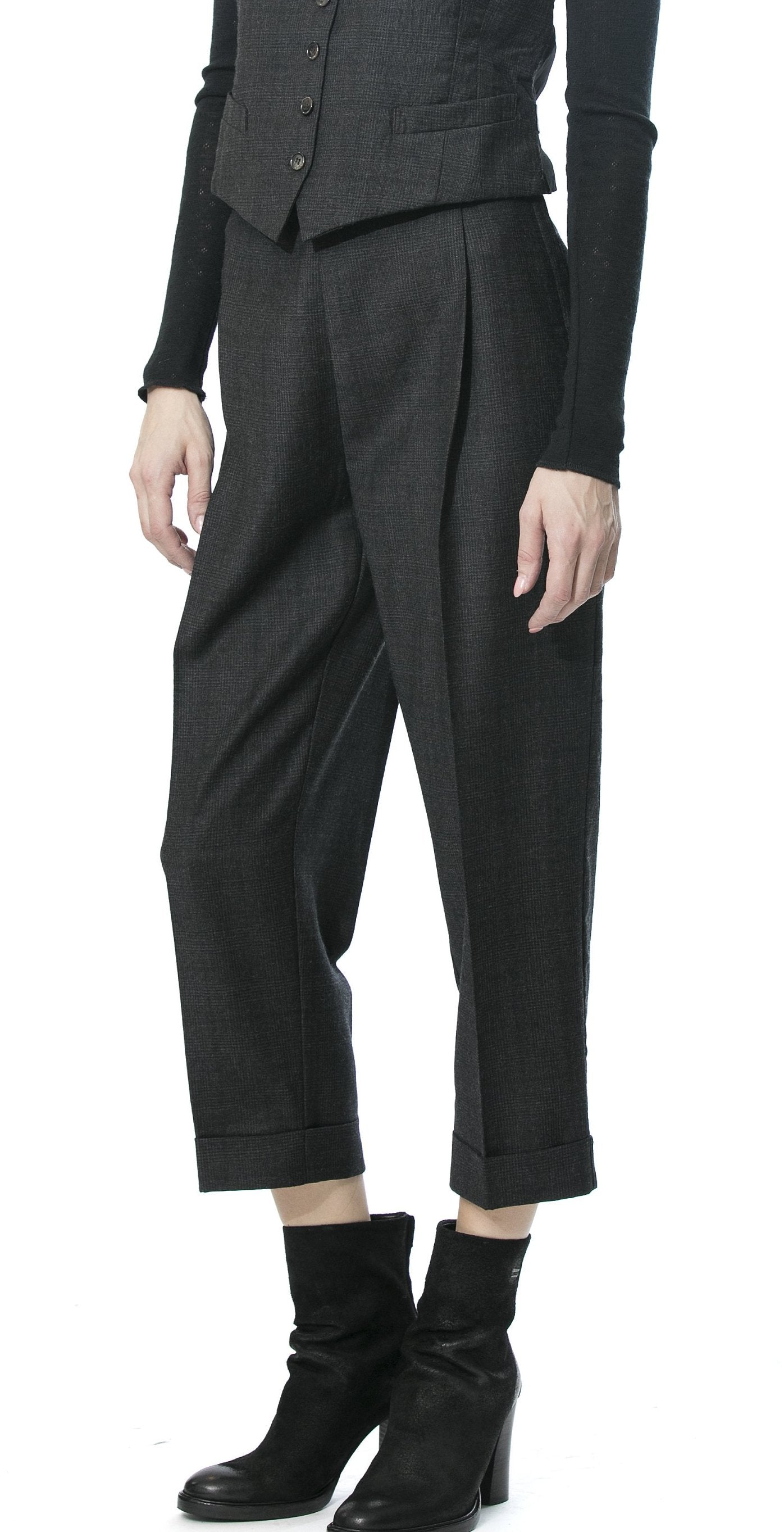 Cropped Trousers Black Check