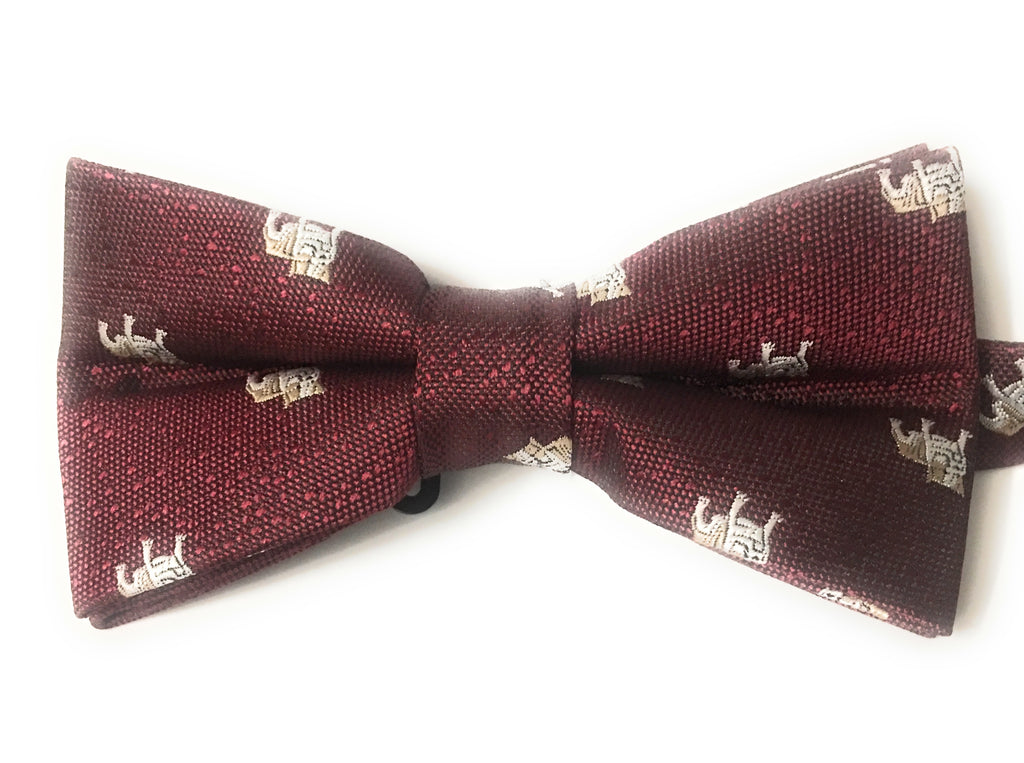 BULLDOG MOTIF BOW TIES