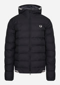 winterjas fred perry zwart