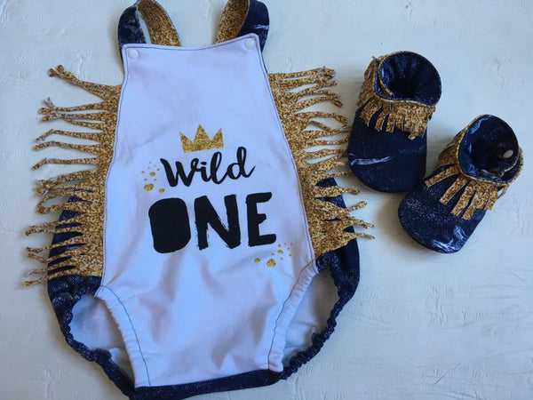 613 Wild One with Gold Glitter Crown Child Panel