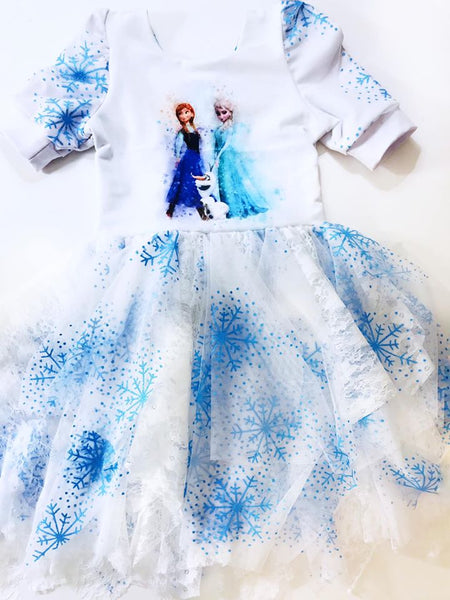 C255 Frozen 2: Hand Drawn Anna and Elsa Child Panel (Cotton Lycra) - C12