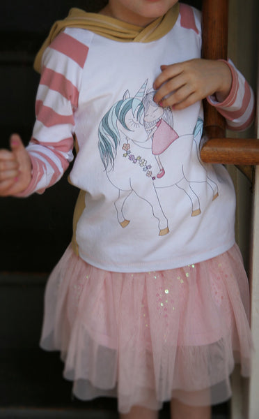 364 Girl With A Unicorn Child Panel