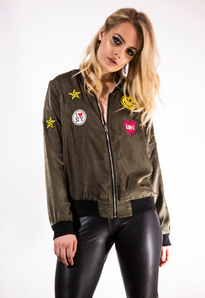 Reversible Badge Bomber