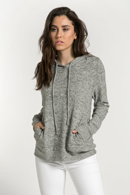 SOFT HOODED SWEATER WITH POCKETS