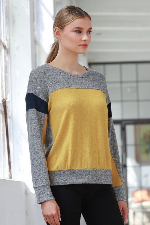 CONTRAST COLOR BLOCK SWEATER