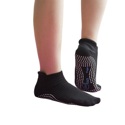 YOGA SOCKS WITH GRIPPY BOTTOM - Badass Yoga Gear