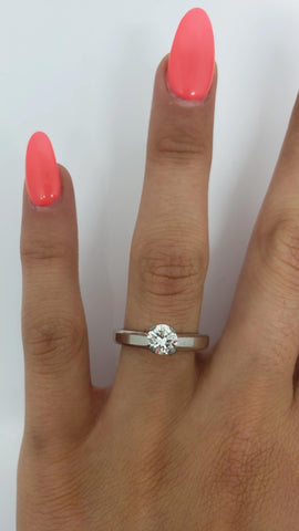 Bague Lorianna  0.80ct VS diamants en or blanc 14k