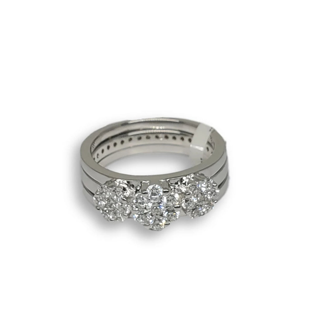 Bague de fiancaille Gwen 0.85ct de diamants VS en or blanc 18k