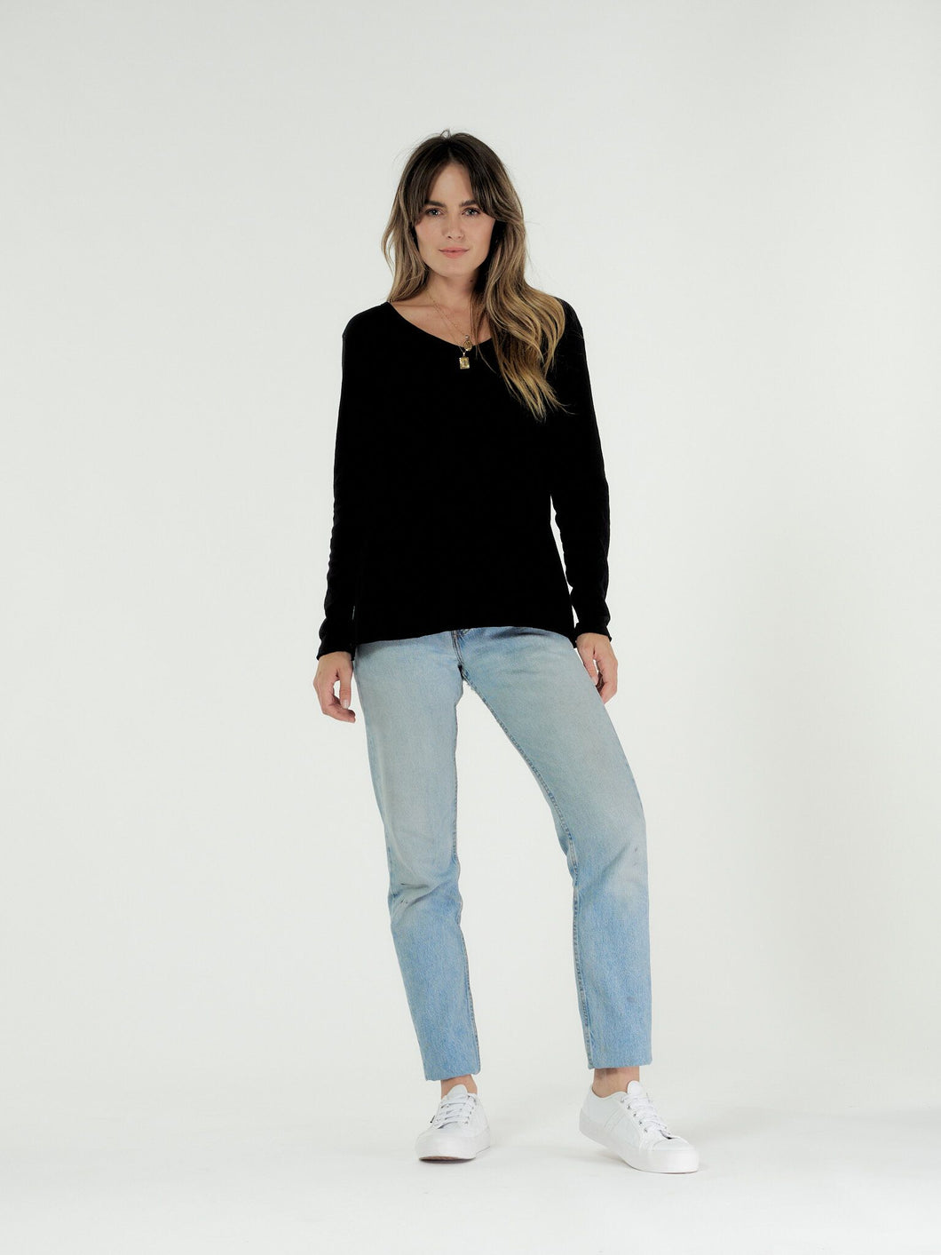 Cle' Organic Cotton Abigail Long Sleeve Tee - Black