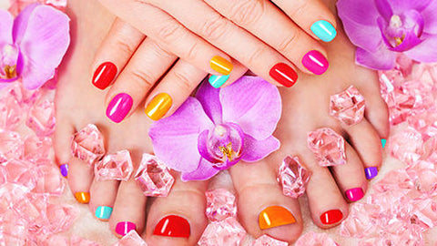 Manicura spa + Pedicura spa + Esmaltado en gel por $499