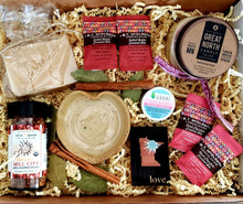 "Deluxe ""Love"" gift box - MN Nice Gifts"