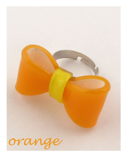 Plastic like adjustable bow ring - The Jewelry Barn