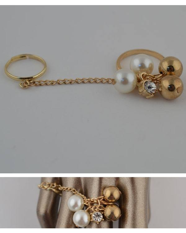 Chained Ring Duo w/ Faux Pearls & Rhinstone - The Jewelry Barn