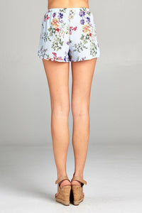 Ladies plus elastic waist floral woven short pants - The Jewelry Barn