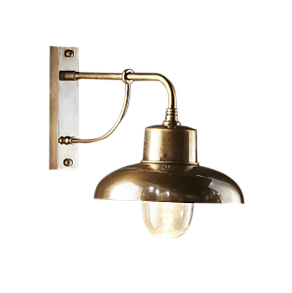If you like the Emac & Lawton Bridgewater Outdoor Wall Lamp in Brass, buy the Tempe Antique Brass Outdoor Wall Lamp from SMITH&SMITH, Australia's favourite decorative lighting store.