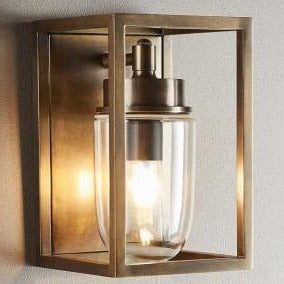 SMITH&SMITH Tamworth outdoor Lantern in Antique Brass
