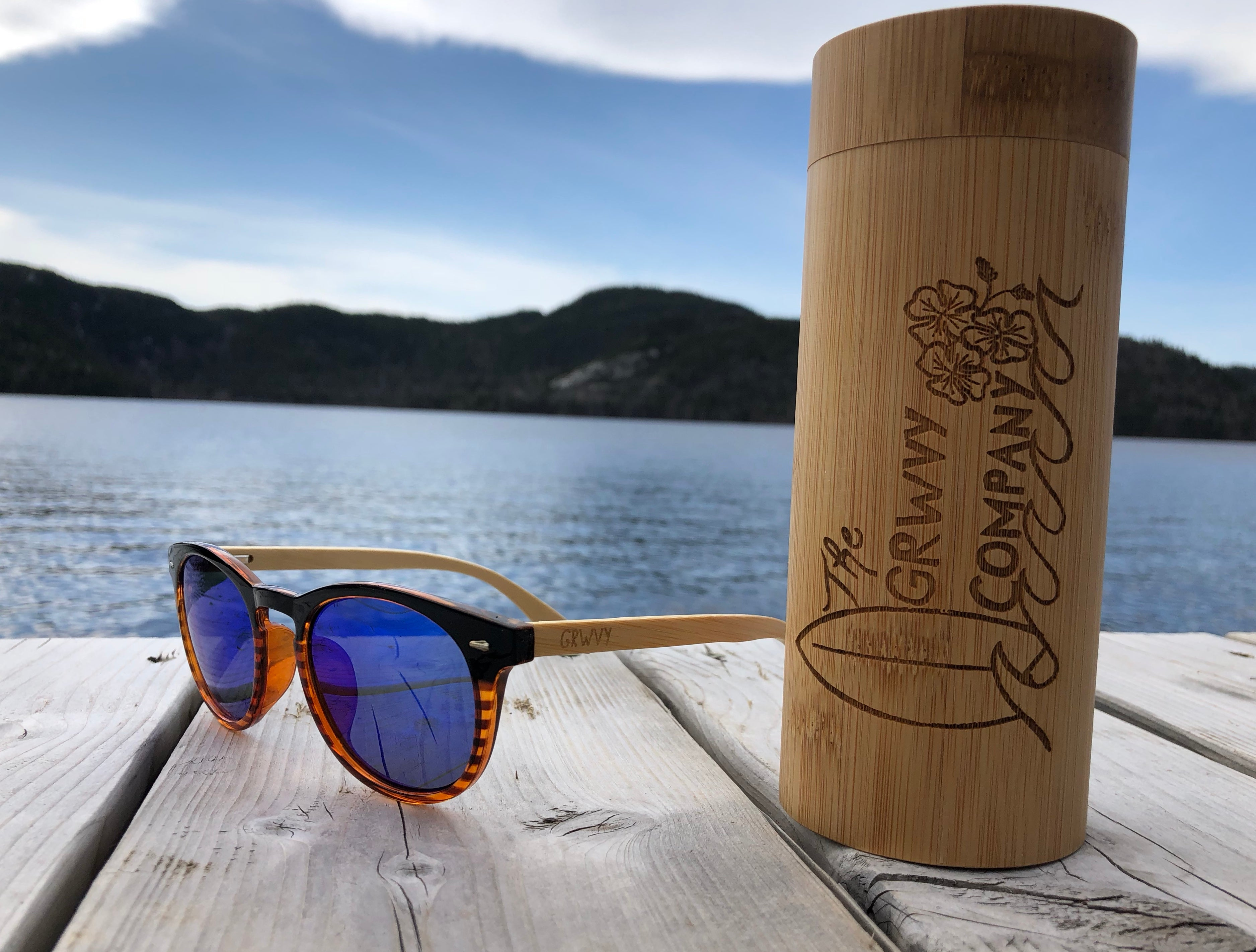 Reef - Bamboo and plastic sunglasses - GRWVY