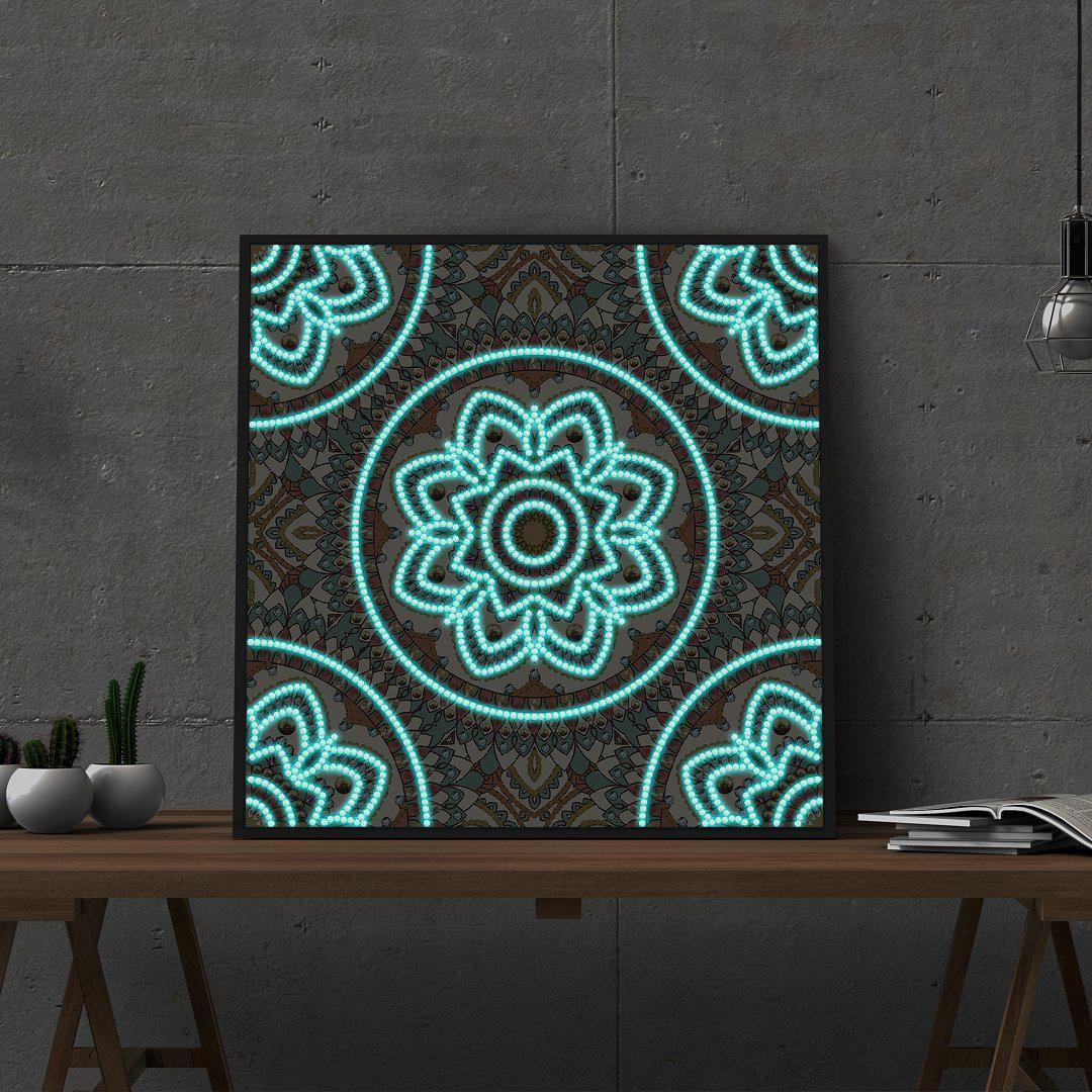 Moroccan Tile - Glow in the Dark - Heartful Diamonds