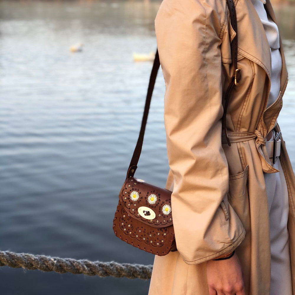 Tiggy Daisy Chain - Mini Cross Body Vintage Brown