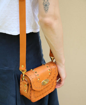 Tiggy Amelia - Mini Cross Body Cognac