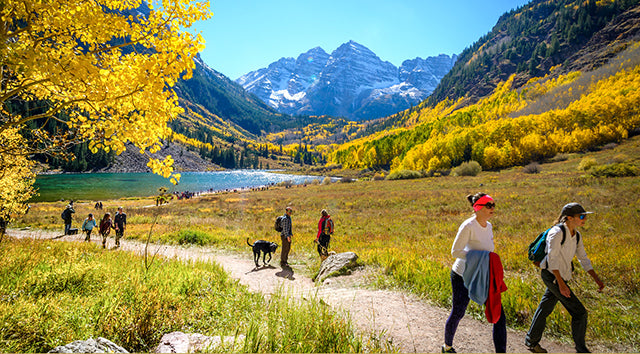 Colorado tourists Visiting Maroon Bells in Fall