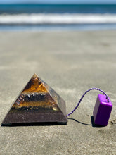 "The ""Large Giza Equalizer"" - Pulsed Radionics Orgone Pyramid"