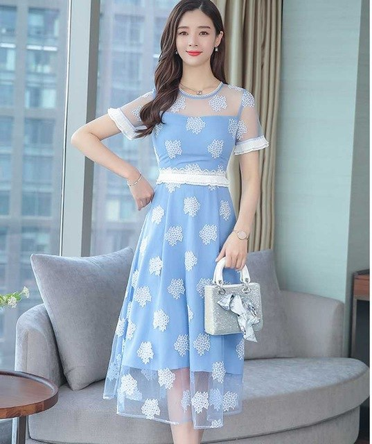 2019 summer Elegant Women New  Mesh Dress Floral Print O neck Ladies temperament high-end lace dress