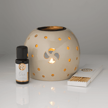 Load image into Gallery viewer, No Secrets Ceramic Oil Burner 100% Natural Ingredients no harmful chemicals