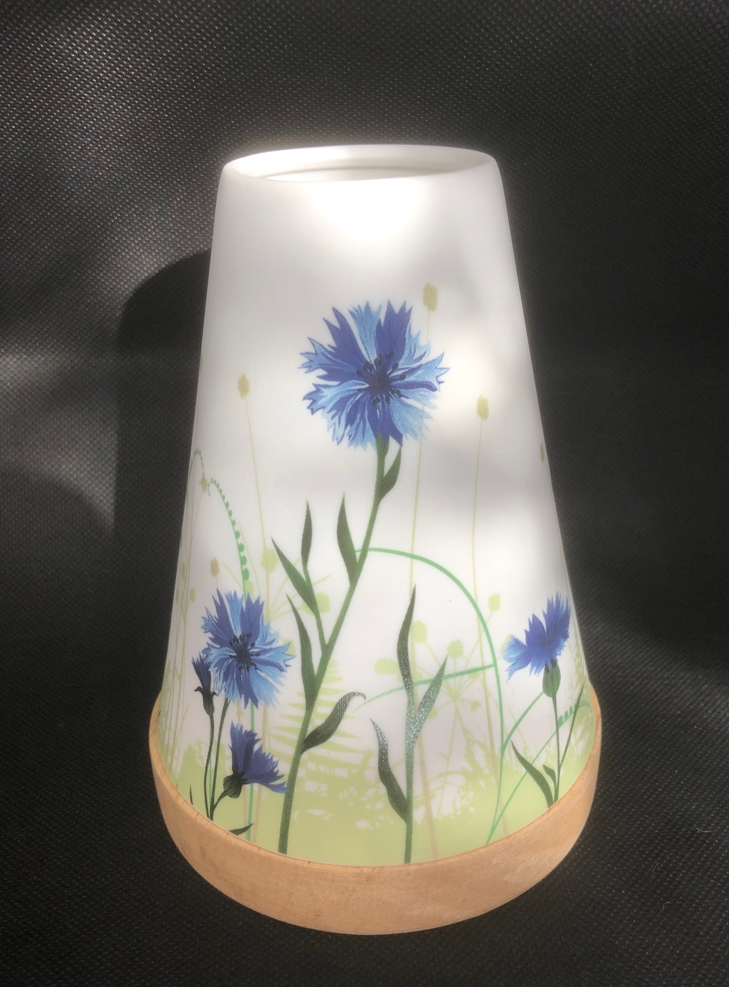 Vintage Floral Glowing Candle Holder