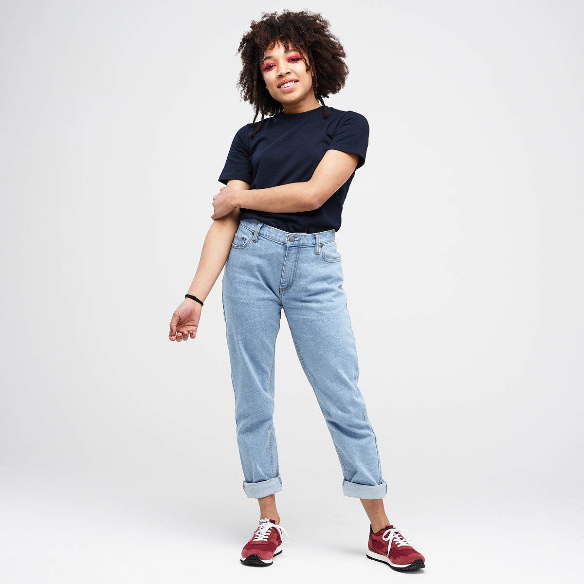 Women's Straight Leg Jeans Fade - Community Clothing