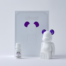 Load image into Gallery viewer, bearbrick_aroma_ornament_purple-bibliothèque_blanche-ballon-eye_shut_island-