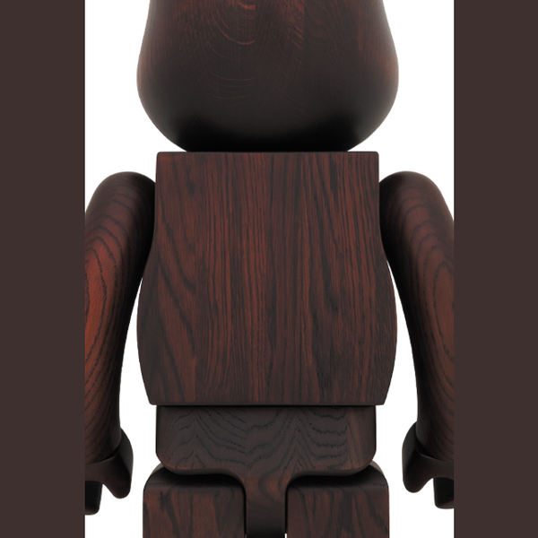 bearbrick_rosewood_paint_1000_karimoku-eye_shut_island