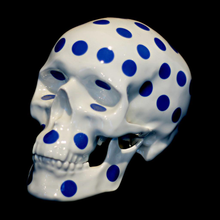 Load image into Gallery viewer, skull_polka_dot_blue-noon-porcelain_k_olin_tribu-eye_shut_island-designshop_stockholm