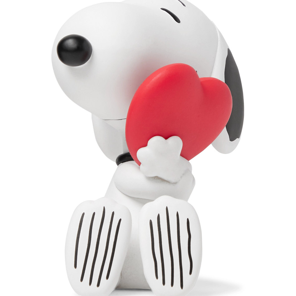 peanuts_heart-snoopy-ultra_detail_figure-eye_shut_island-designshop_stockholm