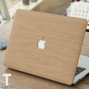 Classic Brown Wood Macbook Case