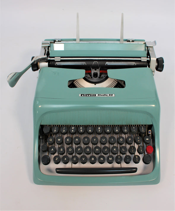 Blue Olivetti Studio 44  - fully working - lovely condition!